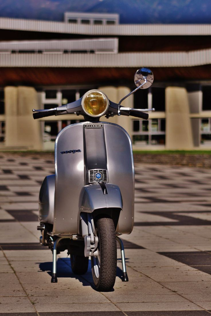 vespa px#magazine#www.s-smag.com#Scooters#vespa#lambretta SCOOTERS & STYLE is a quarterly independant bi-lingual (French / English) magazine which essentially deals with the world of vintage-labeled scooter, as well as the lifestyle that characterizes their fans: