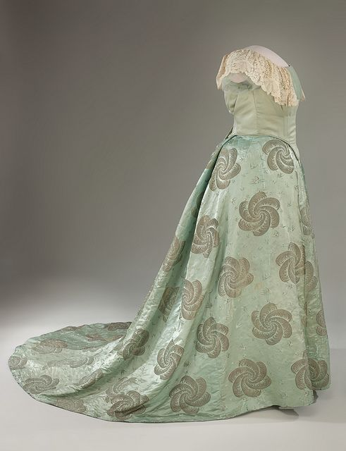 Edith Roosevelt's 1905 Inaugural Gown. A robin's-egg blue silk gown with a design of plumes and birds woven in gold thread. The pattern for the fabric was destroyed so that the first lady's dress could not be copied. The skirt was altered and the original bodice removed before the dress was donated to the Smithsonian.