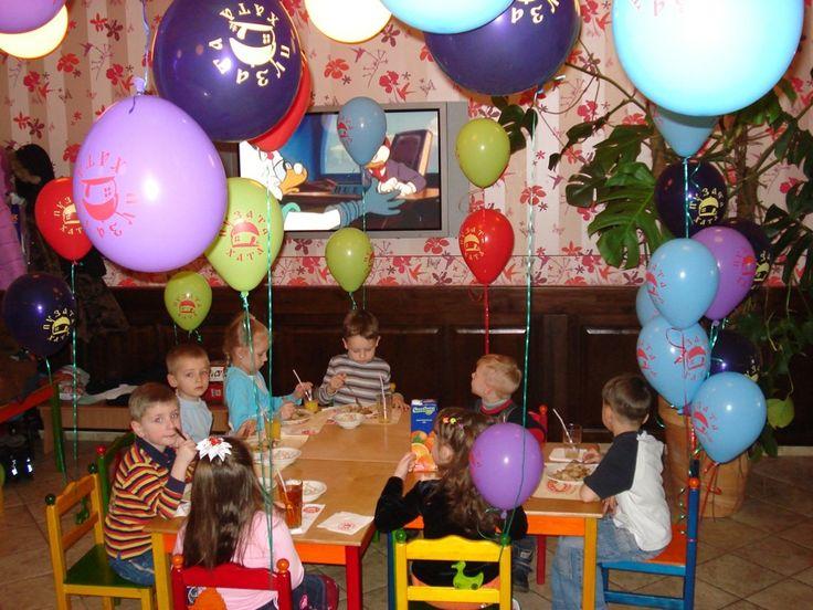 Празднование дня рождения - торт
