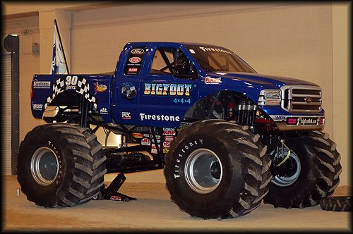 Simple question here, which monster truck is the greatest of all time? Grave Digger or Bigfoot?