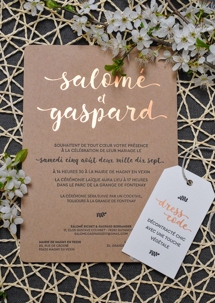how to make film canister wedding invitations%0A     chaud Cuivre sur papier Kraft  accompagn   d u    une   tiquette Dress Code      Rustic Wedding Invitation in Letterpress and Copper Hotfoil on recycled  paper
