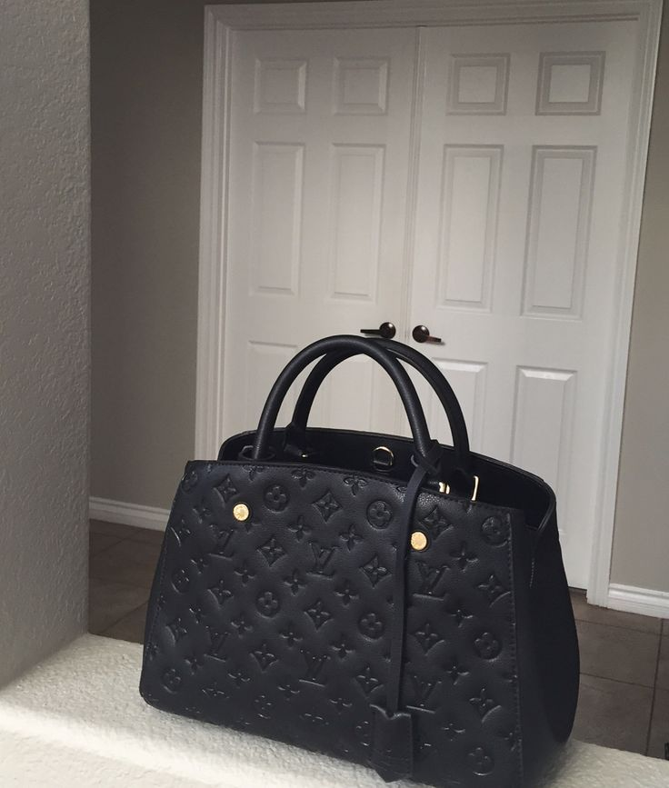 In love with my recent gift from the hubby - Louis Vuitton Montaigne Empreinte MM ❤️ my new everyday handbag
