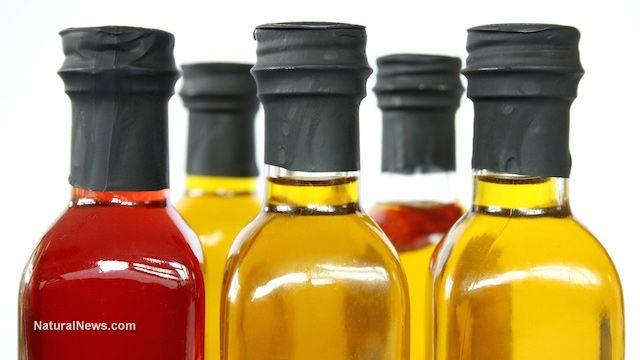 Oil pulling can treat bad breath, study finds  Learn more: http://www.naturalnews.com/048720_oil_pulling_bad_breath_Ayurvedic_medicine.html#ixzz3SaETq9Hd
