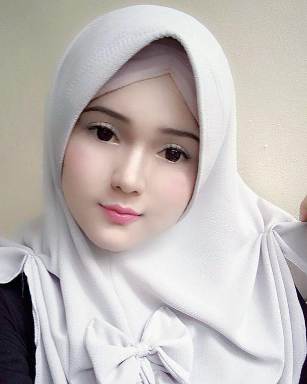 Азиатки в хиджабе — 12