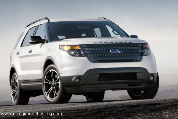 2014 Ford Explorer Sport. There is just something I love about the new Explorers! That's an option!