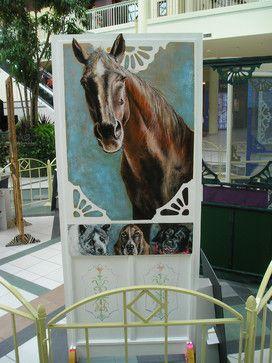 hand-painted-screen-door-horse Pretty cool!