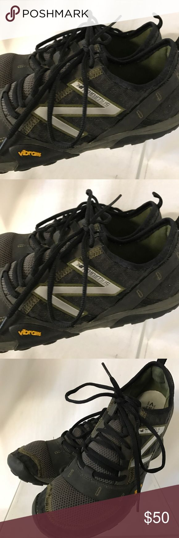New balance minimum men's shoes size 10 Looks nice and comfy just has some used and minor dirt. New Balance Shoes Sneakers
