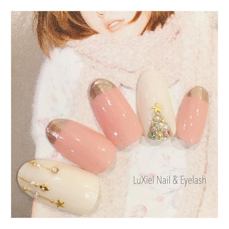 「12月はとびきり可愛いく♡ガーリーさん向けクリスマスネイルデザイン集」に含まれるinstagramの画像|MERY [メリー]