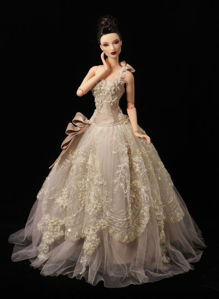 708 best favorite barbie doll ideas dresses for barbie for Wedding dresses for barbie dolls