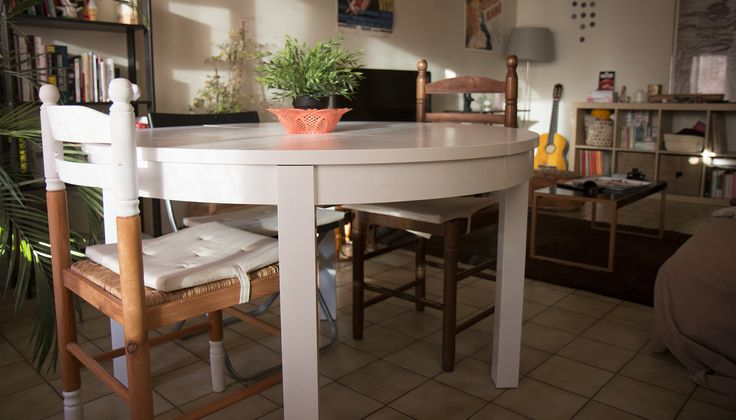Repeindre la table manger diy du blog pinterest for Repeindre table bois