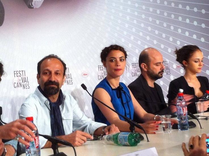 """#AsgharFarhadi, le réalisateur du film """"Le passé"""" avec ses comédiens. #Cannes2013."""
