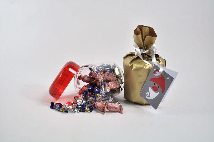 Legendaarinen Bally-purkki 60-luvulta on erinomainen lahja kun sen täyttää karkeilla!  Valmistettu Suomessa