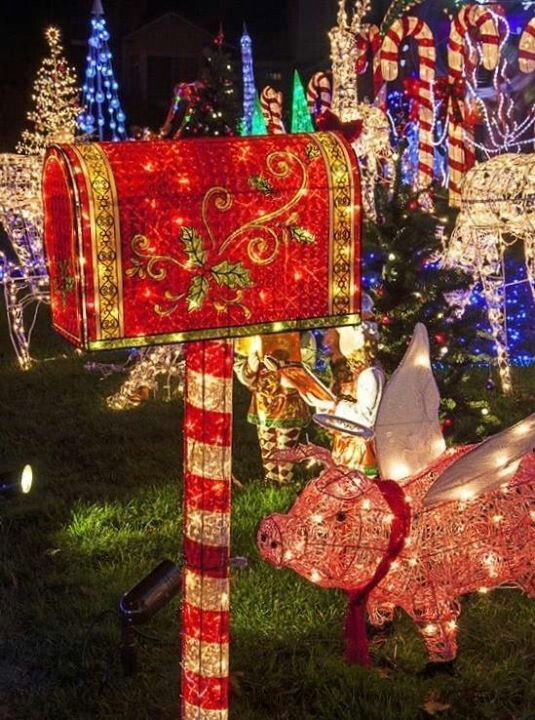 47 Outdoor Christmas Decorations that Simply Magical Garden and