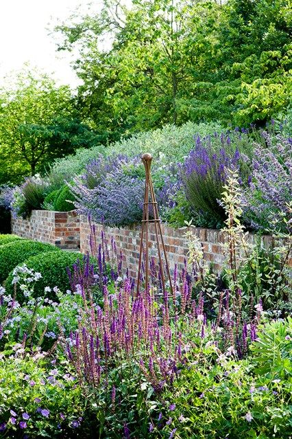 Fulsome with a little easy, yet, practical sculpture. Invest in an Iron Obelisk - in Country Garden Design Ideas - how to a create a…