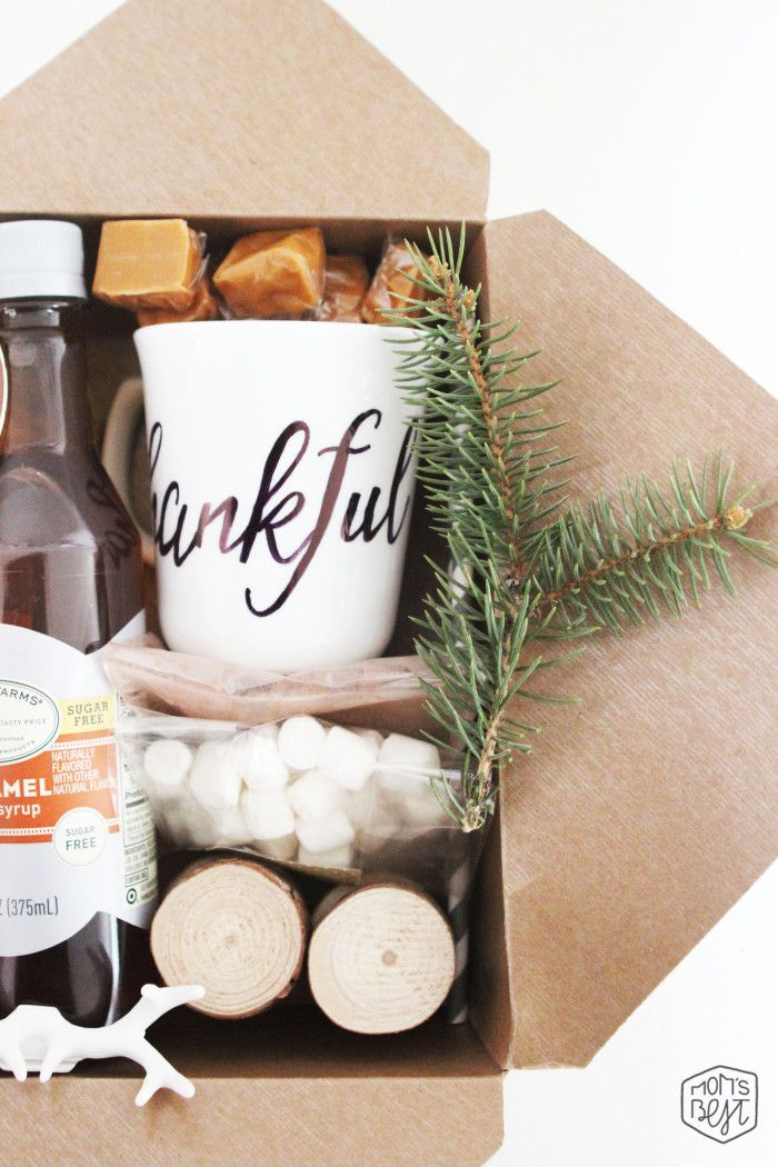 Mom's Best Network: DIY Thanksgiving Fall Box + A Sneak Peek of our Upcoming Fall Dinner Celebration