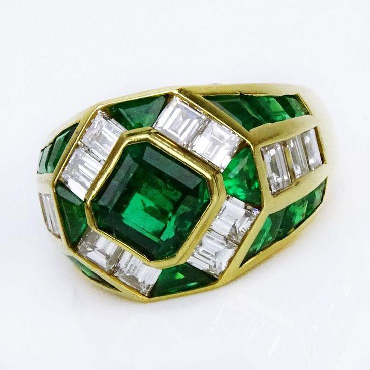 Very Fine Quality Italian Made Colombian Muso Mine Emerald, Diamond and 18 Karat Yellow Gold Ring - Price Estimate: $3000 - $5000