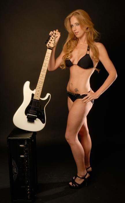 courtney cox musician | 2010 Buyer's Guide Model Search ...
