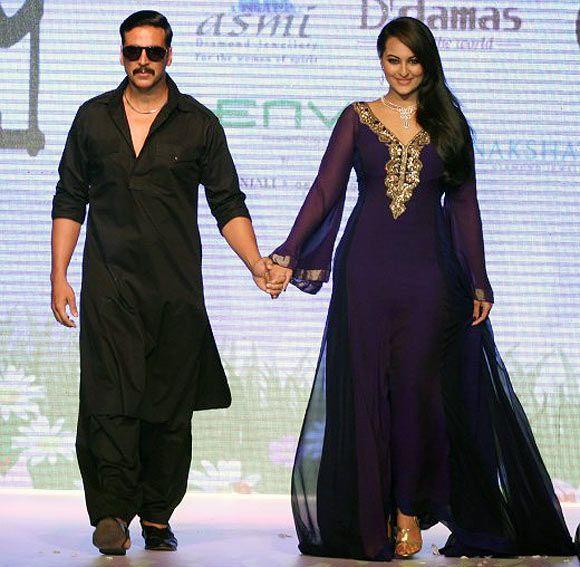 Akshay Kumar in Kurta