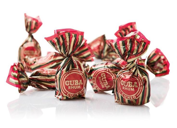 A gift box of 8 luxury rum truffles from the Italian chocolate maker Venchi. Crisp dark chocolate shells filled with a rich, rum laced cream. These generously sized chocolates certainly pack a rum punch.
