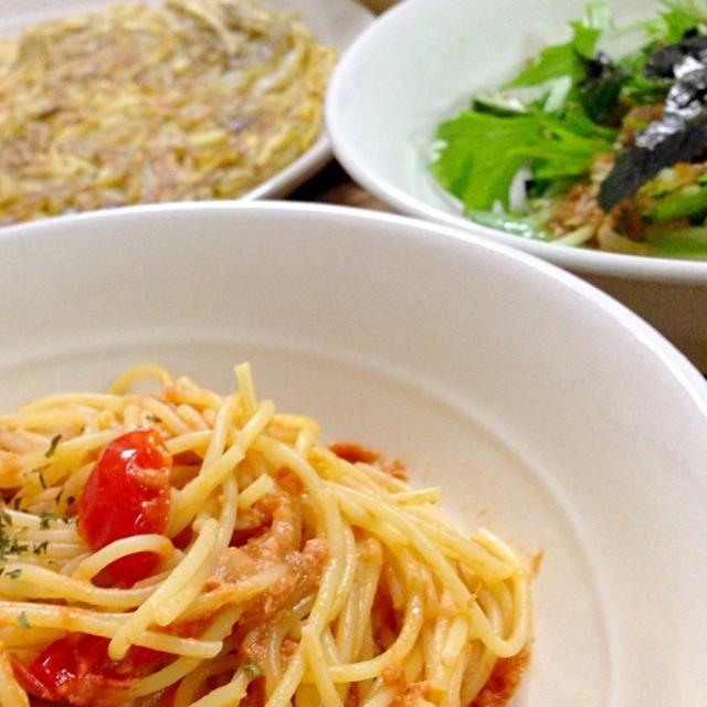 水菜サラダ美味しくできました!シンプルな調味料で胡麻と鰹節がいい感じでしたリピします♡ パスタも旦那さまに好評〜(o^^o) - 35件のもぐもぐ - コトさんの料理 水菜の和風サラダ✳︎トマトとツナのクリームパスタ✳︎じゃがいもガレット by hondachisato
