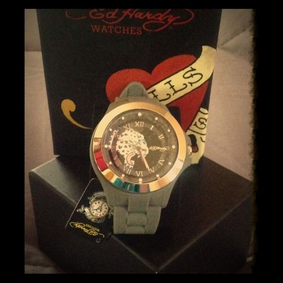 ED HARDY KICK ASS WHITE TIGER ☝️MAKE AN OFFER!!) NWT Gray rubber band one size fits all oversized women's watch white tiger face  and silver face. Gorgeous watch brand new! Accessories