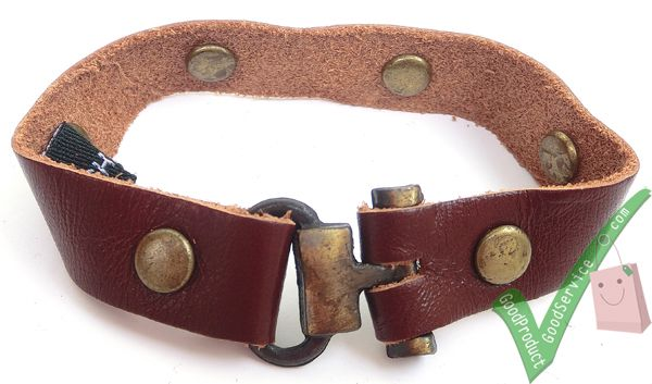 Dimensions Length18.5 cm Width1.3 cm Leather ColorChestnut Brown http://www.ariomart.com/leather-products/unisex/accessories/leather-bracelet-chestnut-brown.html