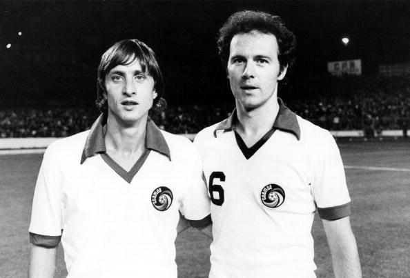 Johan Cruyff & Franz Beckenbauer jugando juntos en el NY Cosmos