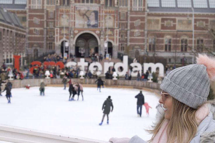 Se você me acompanha no Instagram já viu que esses dias eu estou congelando no frio europeu rs. Nossa primeira parada foi na linda e fria Amsterdam. Cidade que ganhou meu coração desde o instante que saí do avião (Eu já imaginava que isso iria acontecer). Parece que você está em um cenário de filme… aquelas casinhas fofase tortas, através…