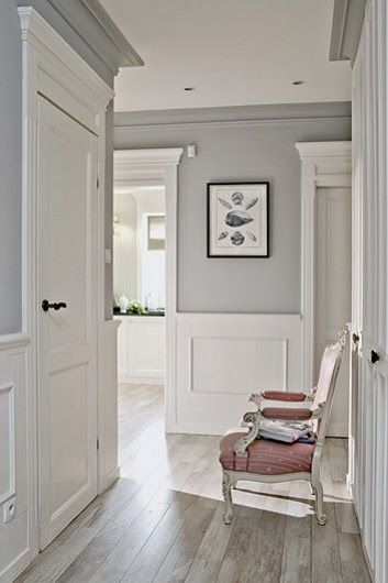 grey & white Interesting that the cornices are painted gray to blend with the upper portion of the wall. #paintingcolours