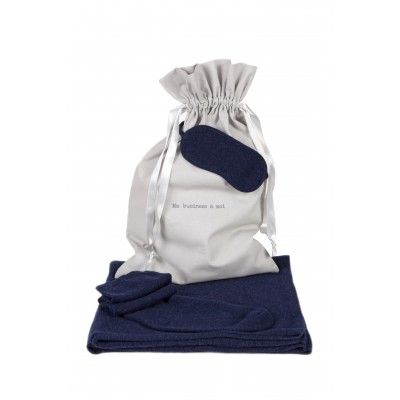 Kit de Voyage by Poncho Gallery #BeMyGift #travel #kit #cashmere #comfy #gift #wishlist