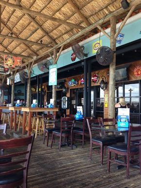 Hurricane Charley's Raw Bar And Grill || Punta Gorda || #whattodoSWFL