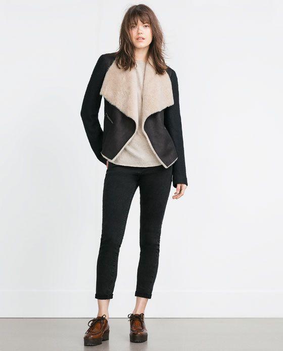 Image 1 de Veste en imitation peau lainée de Zara