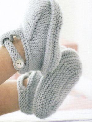 Booties / Chaussons bébé ༺✿ƬⱤღ http://www.pinterest.com/teretegui/✿༻