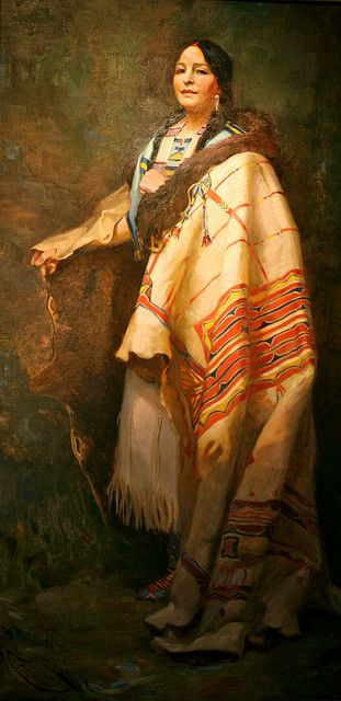 Now I'm pretty sure the image is not of the real woman. In fact, I don't have much information to back me up for posting her. But it's an incredible story, and worth being told. Tȟašína Máni was a Sioux woman who actually fought in the final battle against General Custer. The claim she stabbed Custer herself came not from her Sioux brothers, but from the testimony of a Lakota warrior.