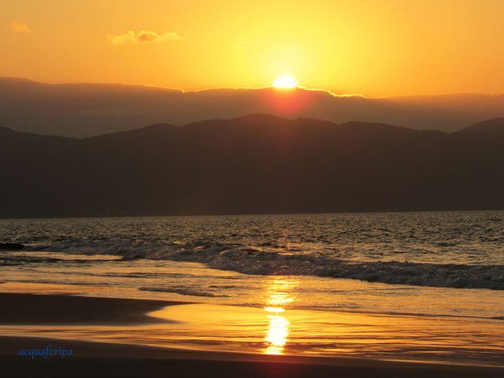 Pôr do sol na praia de Canasvieiras - Florianópolis
