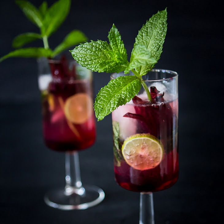Hybiscus Moscato Mojitos Recipe Beverages With Fresh Mint