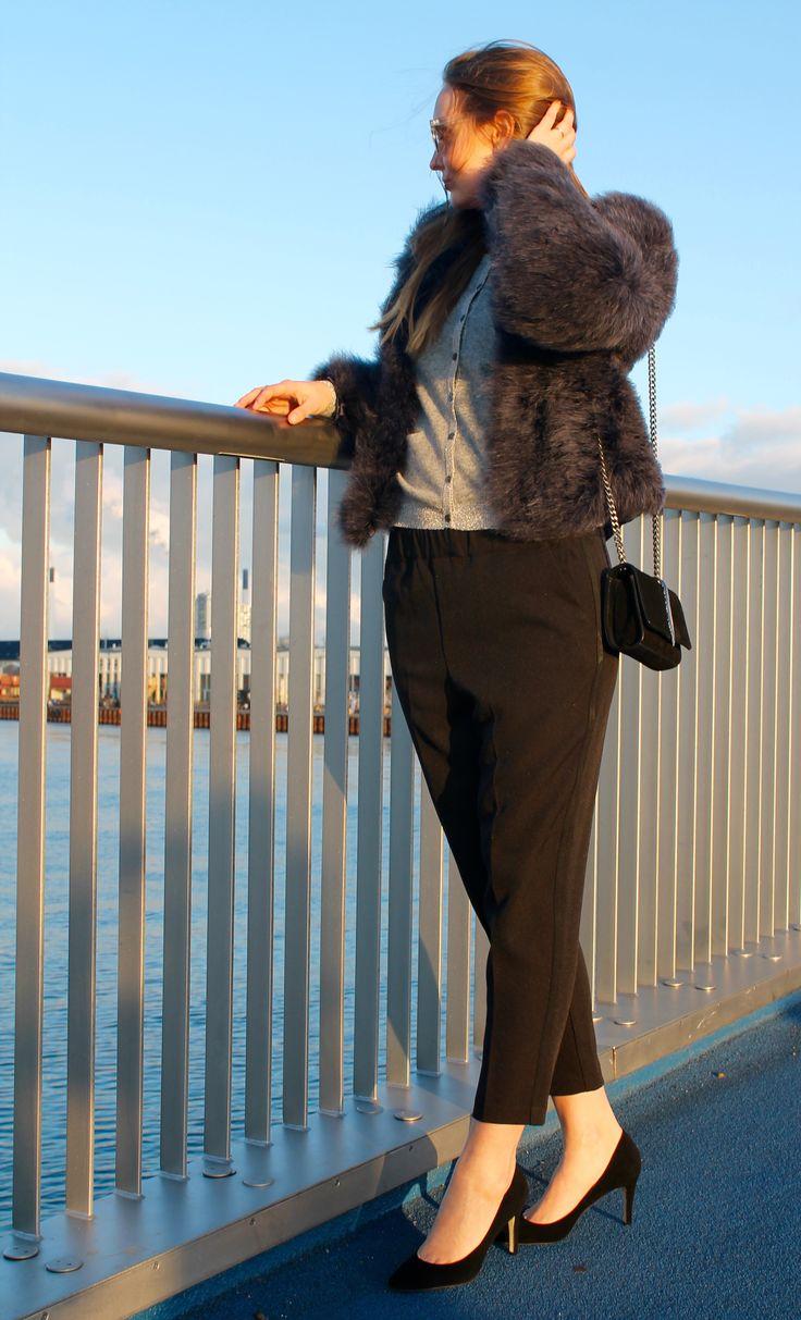 Yolanda pants in Black and Ilse cardigan in Grey with High Heels in Black // Dea Kudibal // AW16 // La Femme Allure