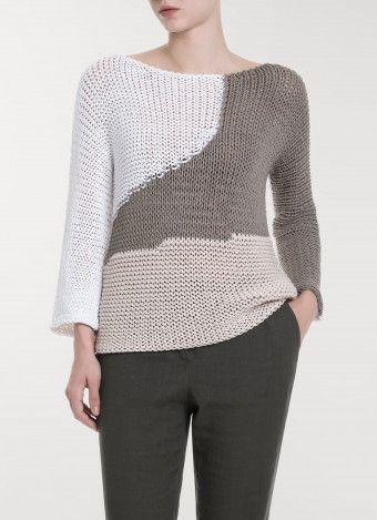 Cotton sweater, white, sage green and teak wood