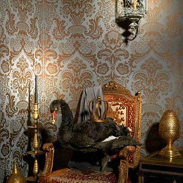 Серый цвет и дамаски в интерьере.
