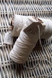 2976 Hemp cord touw spoel dun naturel