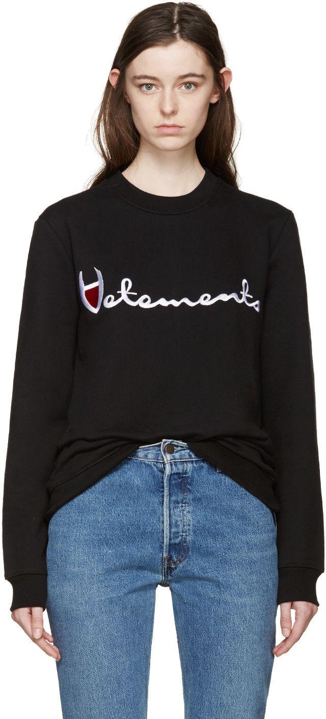 ヴェトモン(VETEMENTS)ロゴスウェット Black Large Logo Pullover