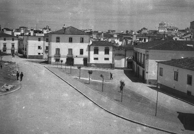 Largo Joaquim António de Aguiar (Jardim das Canas)  Data 1947 -