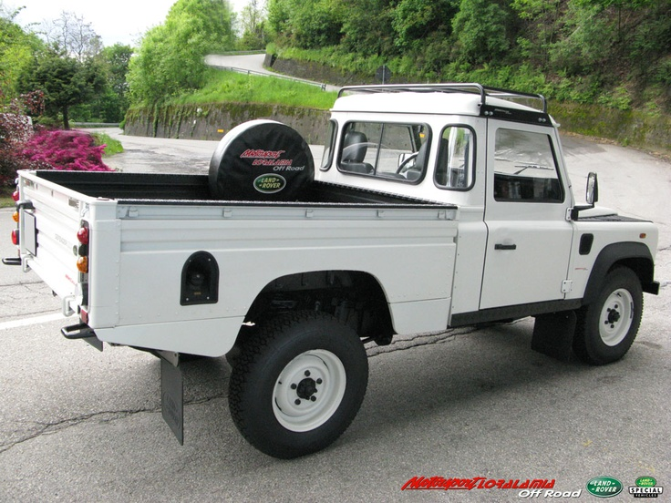 special land rover defender 110 td5 high capacity pick up. Black Bedroom Furniture Sets. Home Design Ideas