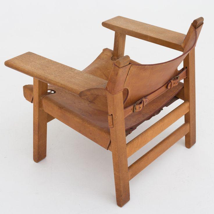 "BM 2226 - ""The Spanish Chair"""