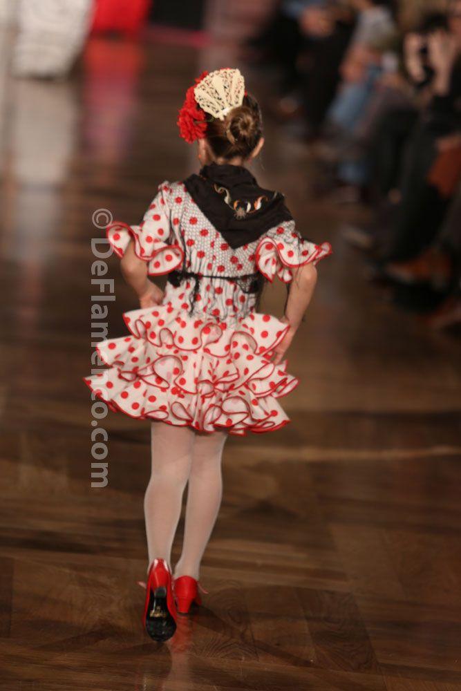 Fotografías Moda Flamenca - We Love Flamenco 2014 - Rocío Peralta- desfile infantil - Foto 15