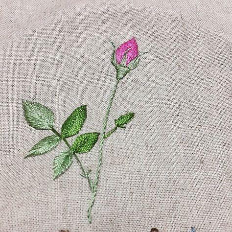 빨리활짝피어서따뜻함이온다는걸~알러주렴#프랑스자수#장미#embroidery
