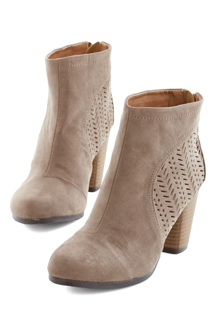 Sunset Style Bootie http://rstyle.me/n/vwx82n2bn