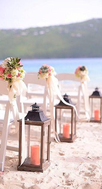Beautiful isle accents #wedding #decor