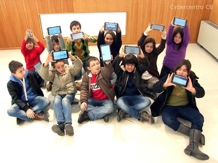 Agrupamento de Escolas João Roiz mostra como os seus projetos TIC nos tablets