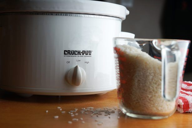 Consejos para cocinar arroz en una olla de cocción lenta